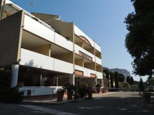 Royal Cottage, Hotel  Cassis - big - 41