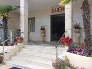 Bueno Hotel, Residence  Platanes - big - 66