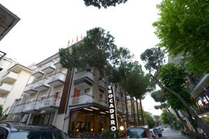Hotel Trocadero, Отели  Риччоне - big - 1