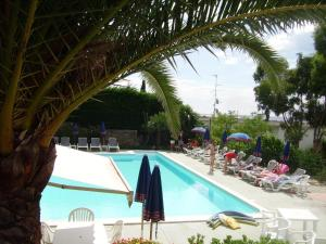 Residence La Carruba - AbcAlberghi.com