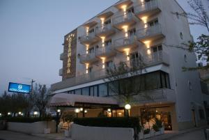 Hotel Granada, Hotel  Milano Marittima - big - 1