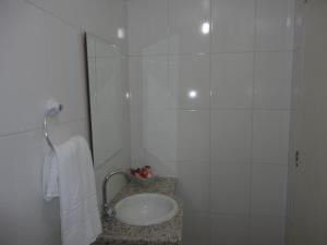 Pousada Pedacinho da Bahia, Гостевые дома  Сальвадор - big - 4
