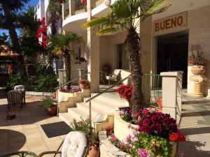 Bueno Hotel, Residence  Platanes - big - 63