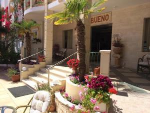 Bueno Hotel, Residence  Platanes - big - 137