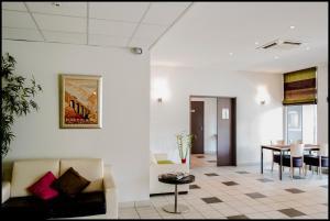 Appart'hôtel - Résidence la Closeraie, Residence  Lourdes - big - 39