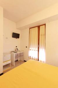 Albergo Al Carugio, Guest houses  Monterosso al Mare - big - 29