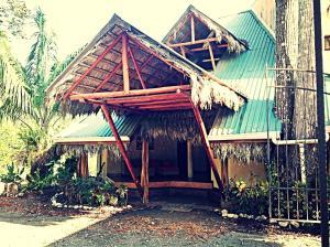 La Palapa Hut