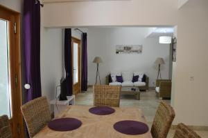 Mas de Capelou Apartment, Ferienwohnungen  Avignon - big - 26