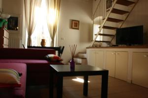 Piazzetta Santa Barbara, Apartmány  Bari - big - 13