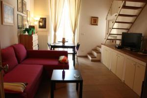 Piazzetta Santa Barbara, Apartmány  Bari - big - 20
