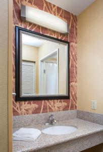 Courtyard by Marriott Peoria, Отели  Peoria - big - 3