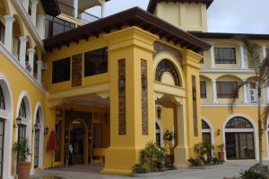 Planta Centro Bacolod Hotel and Residences
