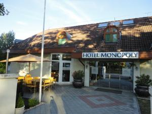 Hotel Monopoly, Hotely  Balatonalmádi - big - 34
