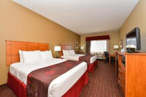 Deluxe Queen Room with Two Queen Beds - Disability Access - Non Smoking