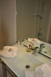 Qualys-Hotel Paris Est Golf, Hotel  Rosny-sous-Bois - big - 12