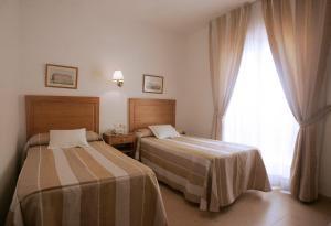 Hotel Goartín, Отели  Малага - big - 15