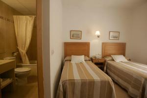 Hotel Goartín, Отели  Малага - big - 7