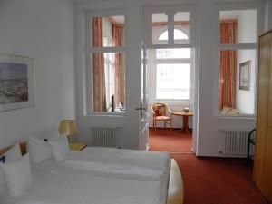 Hotel Germania, Hotel  Bansin - big - 9