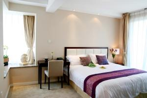 Deluxe Two-Bedroom Suite - daily breakfast buffet maximun for 2 guests