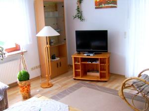 Ferienwohnung Bäumner, Апартаменты  Bad Berleburg - big - 30