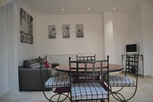 Mas de Capelou Apartment, Ferienwohnungen  Avignon - big - 14