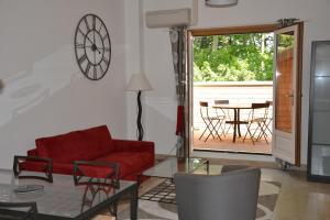 Mas de Capelou Apartment, Ferienwohnungen  Avignon - big - 18