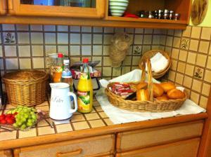 Hotel Central, Bed & Breakfasts  Menden - big - 19