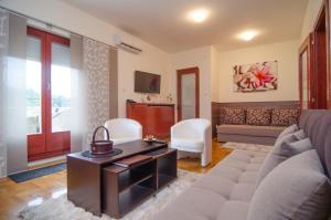 Apartments Biser, Ferienwohnungen  Vrnjačka Banja - big - 11