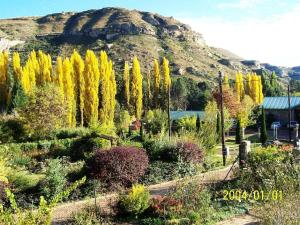 Mont Rouge, Guest houses  Clarens - big - 79