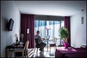 Appart'hôtel - Résidence la Closeraie, Residence  Lourdes - big - 42