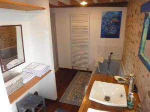 Maison Castaings, Гостевые дома  Lucq-de-Béarn - big - 24