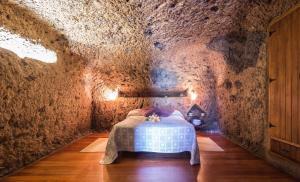 Casa Cueva Las Margaritas