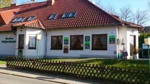 Hotelpension Schwalbennest, Guest houses  Benz - big - 26