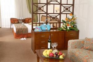 Aquamare Beach Hotel & Spa (8 of 56)