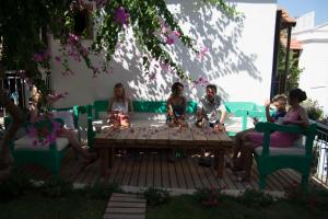Courtyard, Hotels  Kalkan - big - 33