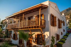 Courtyard, Hotels  Kalkan - big - 51