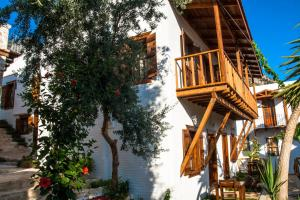 Courtyard, Hotels  Kalkan - big - 49