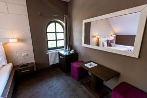 Hotel Fürdőház, Hotely  Nyíregyháza - big - 15