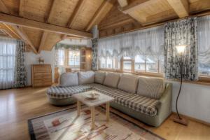 Alexander Mountain-Lodge, Ferienhäuser  St. Vigil - big - 4