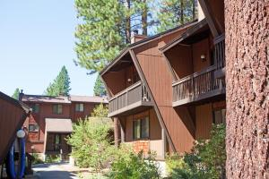 Club Tahoe Resort, Курортные отели  Incline Village - big - 1