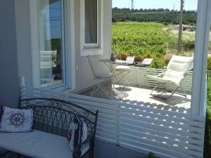 Aspasia House, Bed & Breakfasts  Bozcaada - big - 31