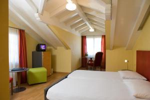 Parkhotel Schoenegg, Hotel  Grindelwald - big - 2