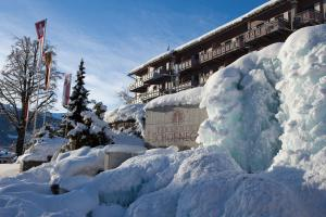 Parkhotel Schoenegg, Hotel  Grindelwald - big - 78