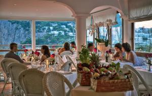 Hotel Villa Brunella, Отели  Капри - big - 23