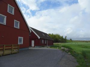 Red Bird Farm, Bed & Breakfasts  Ystad - big - 40