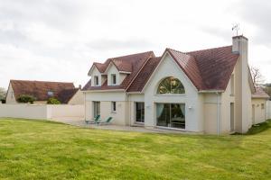 Arromanches Villa Tracy, Affittacamere  Arromanches-les-Bains - big - 61