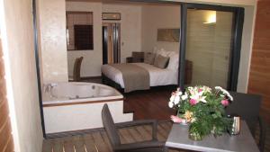 Clarion Suites Narbonne Ile du Gua