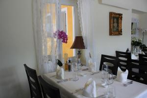 Ristorante Albergo San Martino, Guest houses  Ronco sopra Ascona - big - 35