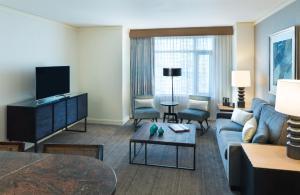 Suite Pinyon Pine