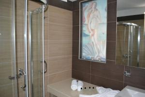 Karavos Hotel Apartments, Aparthotels  Archangelos - big - 60